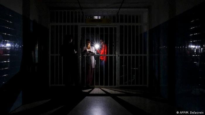 Venezuela Stromausfall in einem Krankenhaus in Caracas