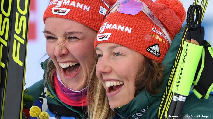Biathlon - WM Östersund | Denise Herrmann und Laura Dahlmeier (picture-alliance/dpa/S. Hoppe)