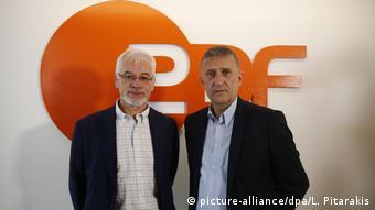 Alman gazeteciler Thomas Seibert ve Jörg Brase (soldan sağa)