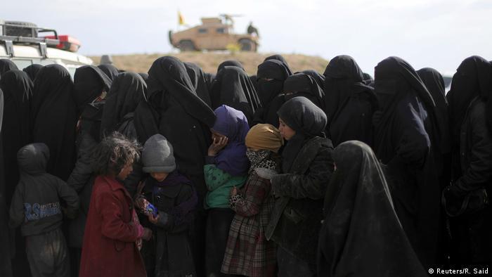 SDG, IŞİD'in son kalesi Bağuz'da Mart'ta kontrolü ele geçirmiş, yüzlerce kadın ve çocuk kamplara alınmıştı.