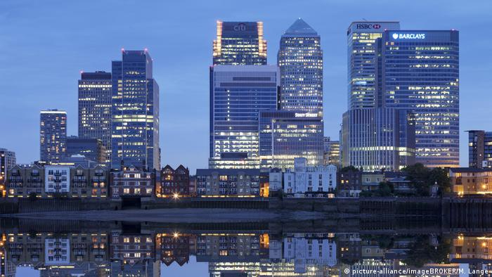 Canary Wharf skyline London (picture-alliance/imageBROKER/M. Lange)