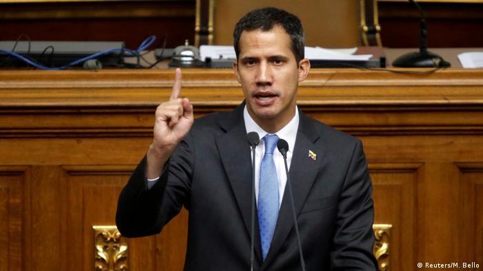 Venezuela Juan Guaido in der Nationalversammlung (Reuters/M. Bello)