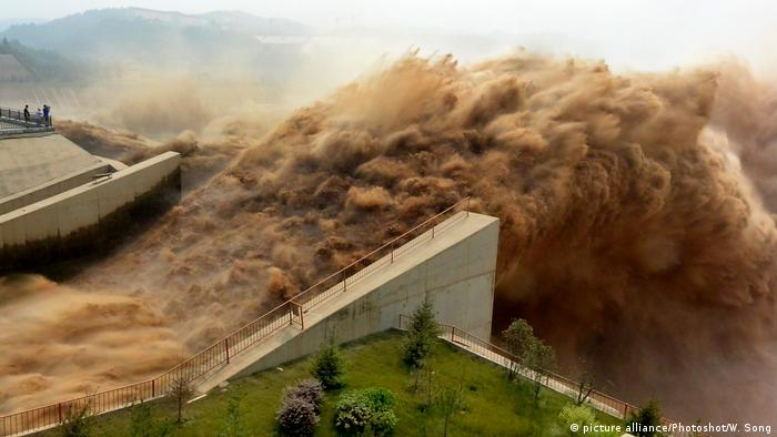 A dam on the Xiaolangdi Reservoir, on the Yellow River, China.