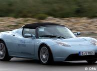 El Tesla es un deportivo que alcanza los 100 kph en menos de 4 segundos.