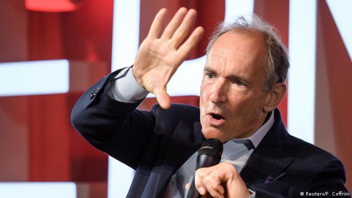 Tim Berners-Lee gives a speech (Fabrice Coffrini/Pool via REUTERS)