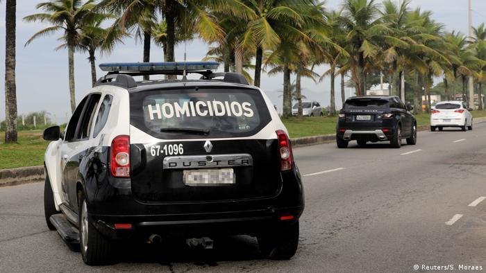 Brasilien Festnahme in Rio de Janeiro | Mord an Marielle Franco (Reuters/S. Moraes)