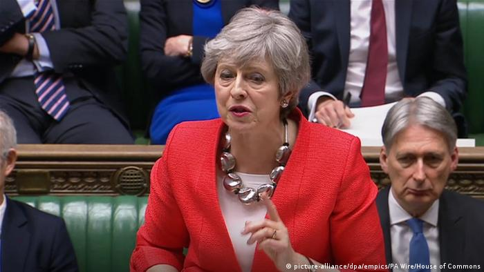 Großbritanien | Theresa May spricht im Unterhaus | Brexit | London (picture-alliance/dpa/empics/PA Wire/House of Commons)