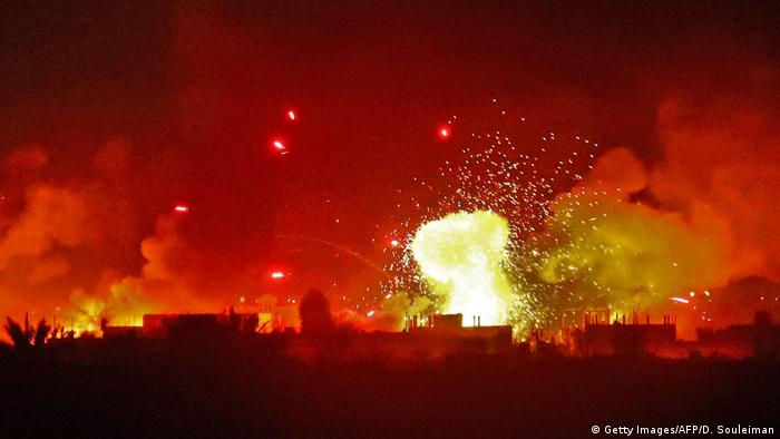 Syrien | Angriff auf IS Stellungen in Baghouz