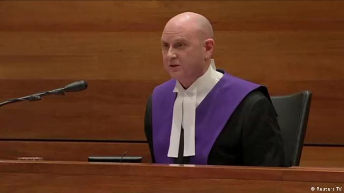 Juez Peter Kidd antes de leer la sentencia contra el cardenal Pell. (13.03.2019).