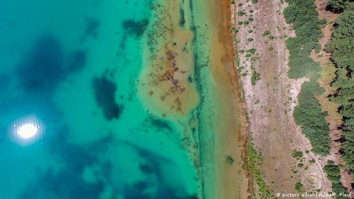 Wildlife Conservation Research - Lake Partwitz from the air (picture-alliance/dpa/P. Pleul)