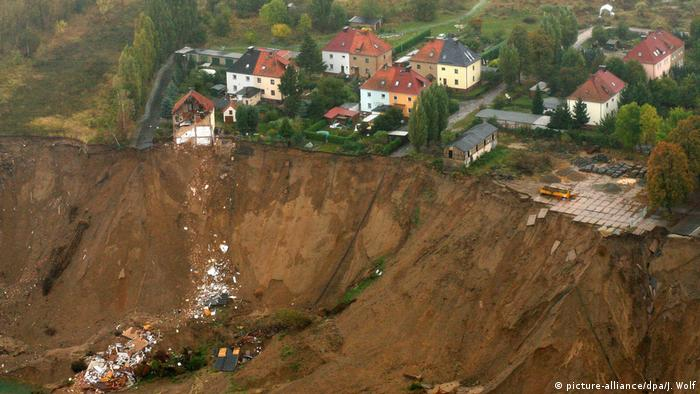 Site of the accident at the Concordia-See in Nachterstedt (picture-alliance/dpa/J. Wolf)