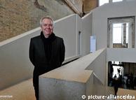主持了新博物馆修复工程的英国建筑大师大卫.齐珀费尔德