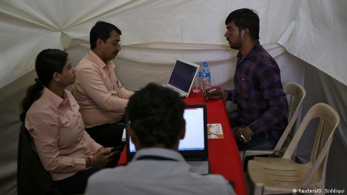 Indien junge Ingenieure auf Jobsuche