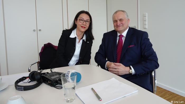 Prof. Christoph Schmidt und Zhang Danhong