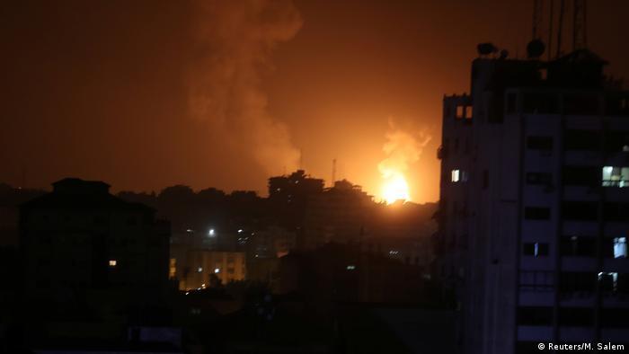 Palästina Luftangriffe auf Gaza (Reuters/M. Salem)