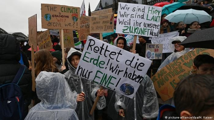 Fridays for future students strike in Cologne.