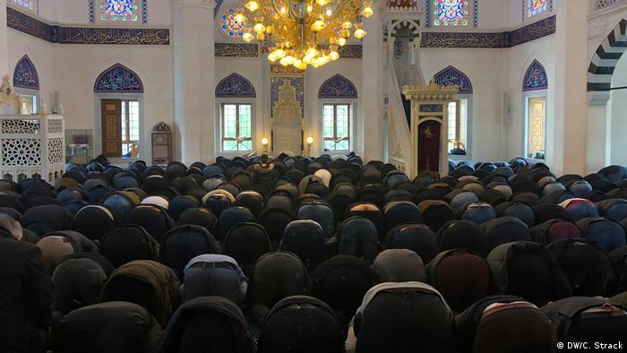 Wir müssen stark bleiben - Sedlik-Moschee