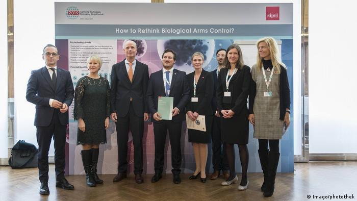 Deutschland Konferenz Capturing Technology - Rethinking Arms Control | Heiko Maas & Kollegen