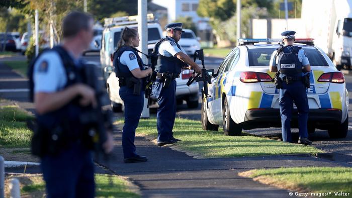 Polizeiwache Auckland Moscheen nach den Angriffen von Christchurch, Neuseeland