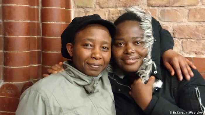 Deutschland - Lesbische Asylsuchende: Success Johnson und Diana Namusoke