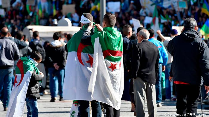 Algerien Algier - First Friday Rally (Getty Images/AFP/R. Kramdi)