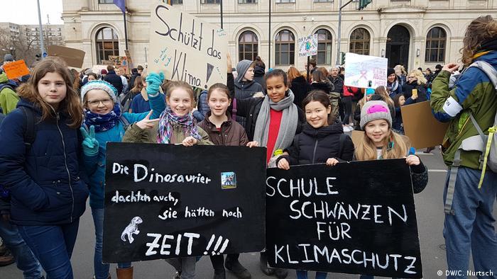 Протесты школьников в Берлине в пятницу, 15 марта 2019 года