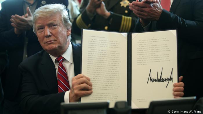 ABD Başkanı Donald Trump, ilan ettiği acil durumu engellemeye ilişkin kararı veto etti.