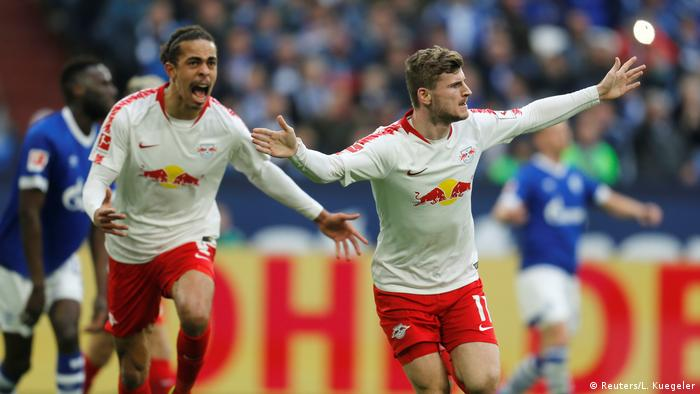 Fußball Bundesliga FC Schalke 04 - RB Leipzig (Reuters/L. Kuegeler)
