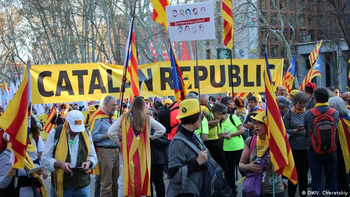 Spanien Esteladas Proteste in Madrid (DW/V. Cheretskiy)