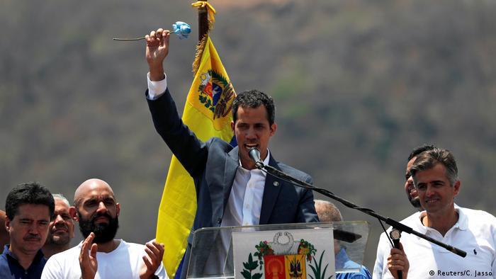 Venezuela Kundgebung und Protest von Juan Guaido in Guacara (Reuters/C. Jasso)