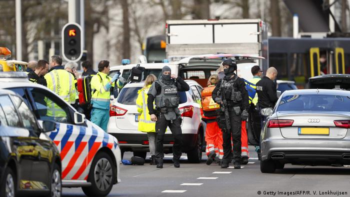 Security forces at the scene in Utrecht (Getty Images/AFP/R. V. Lonkhuijsen)