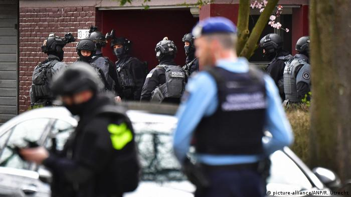 Counter-terrorism police in Utrecht during an operation