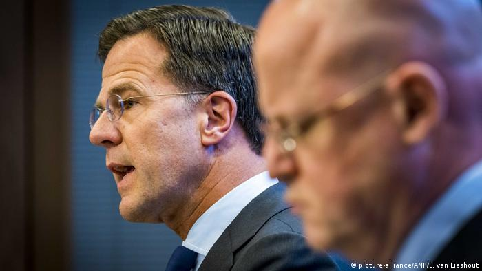 The Netherlands: Ferd Grapperhaus and Mark Rutte Reagieren auf Schießerei in Utrecht