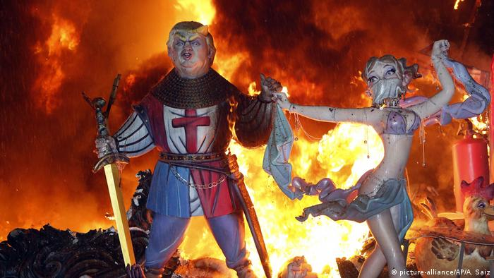Spanien: Fallas Festival in Valencia (picture-alliance/AP/A. Saiz)