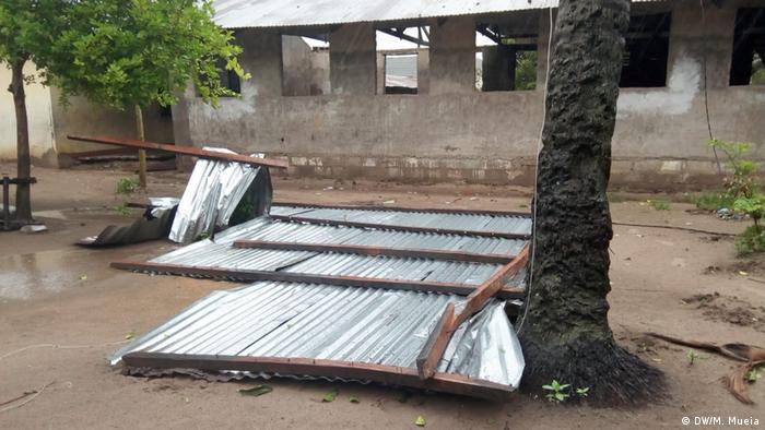 Vestígios da destruição causada pelo ciclone Idai (DW/M. Mueia)