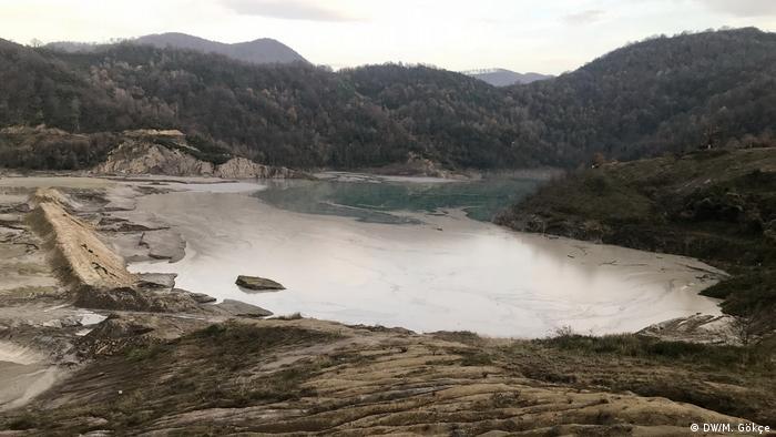 Zonguldak'taki kömürlü termik santralin çevreye verdiği zarardan bir fotoğraf