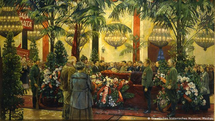 Ausstellung Red. Art and utopia in the land of Soviets im Grand Palais in Paris (Staatliches historisches Museum, Moskau)