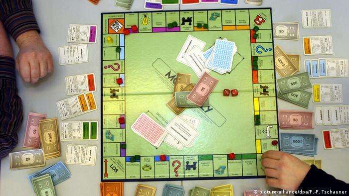 Gesellschaftsspiel Monopoly (picture-alliance/dpa/F.-P. Tschauner)