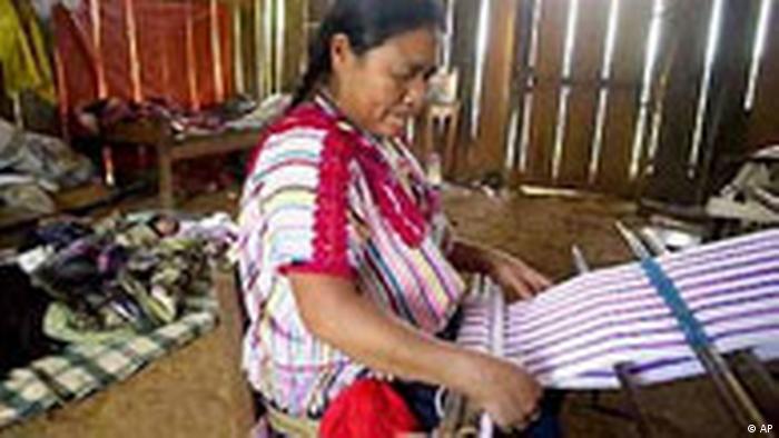 Abuela tejedora de Chiapas.