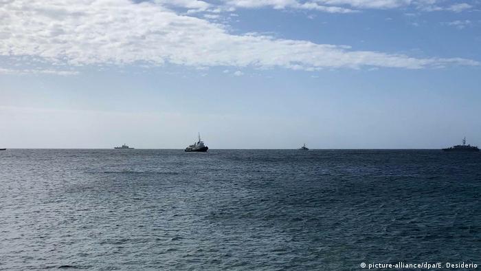 Italien, Lampedusa: Flüchtlingshilfsschiff «Mare Jonio» beschlagnahmt (picture-alliance/dpa/E. Desiderio)