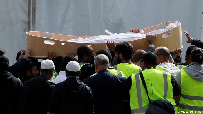 Neuseeland, Christchurch: Beerdigung der Opfer (Reuters/J. Silva)