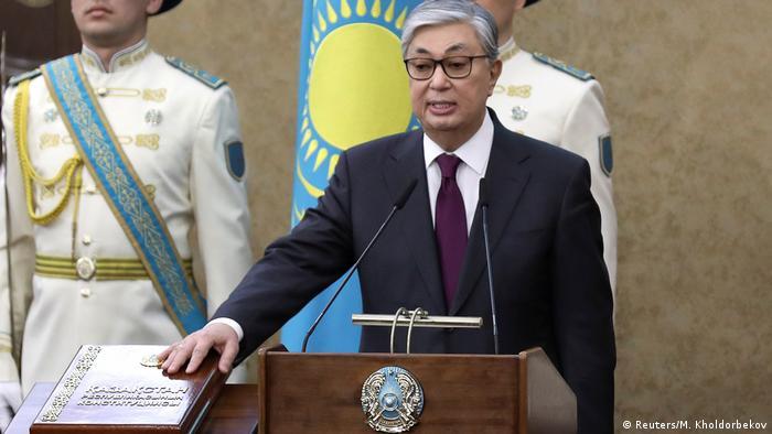 Новый президент Казахстана Касым-Жомарт Токаев принимает присягу