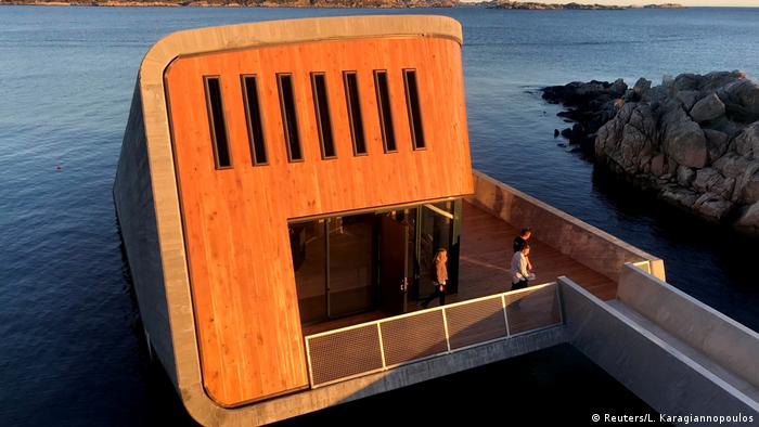 The above-water entrance leads to the restaurant at 5 meters below the sea level