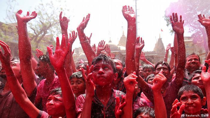 Indien Holi Frühlingsfest (Reuters/A. Dave)