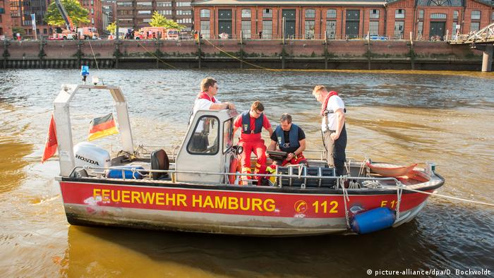 Hamburg fire brigade boat on the Elbe