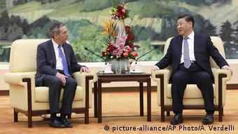 Peking China - Lawrence Bacow - Xi Jinping