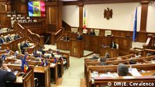 Republik Moldau Igor Dodon vor dem Parlament