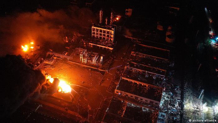 China, Industriepark nach einer Explosion in der Stadt Yancheng in der ostchinesischen Provinz Jiangsu
