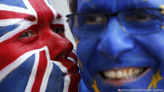 Belgien Proteste von Brexit-Gegner in Brüssel (picture-alliance/AP Photo/F. Augstein)