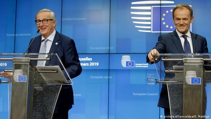 EU-Gipfel Brexit in Brüssel   Jean-Claude Juncker und Donald Tusk